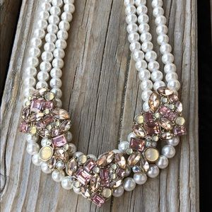 Betsey Johnson Crystal Cluster Pearl Necklace!